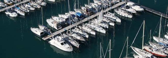 Bari, uomo trovato senza vita nel porto