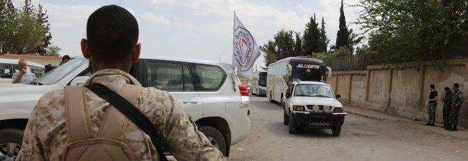 Siria, torna il pugno di Trump: «Qualcuno pagherà». Ipotesi raid Homs, la Russia accusa Israele