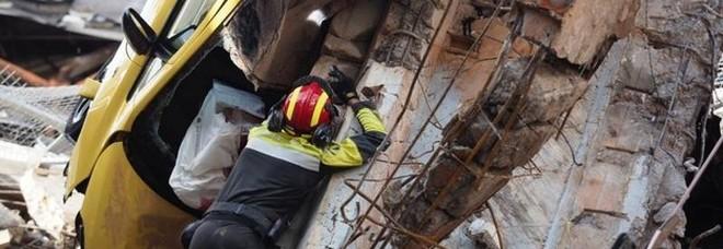 Omaggio alle vittime di Genova, domani si ferma anche la Puglia. Rinviato il concerto per il Festival della Taranta