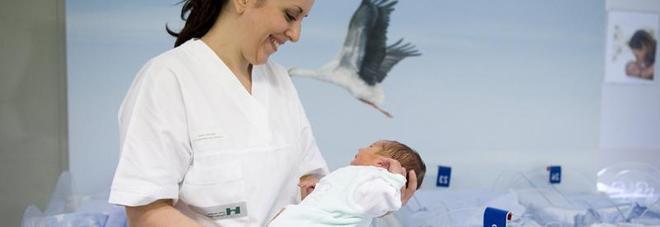 Si può dare qualsiasi nome al proprio bambino? Ecco cosa dice la legge