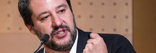 Salvini, taglio scorte: «Troppe 585, chi non ha bisogno vada in taxi»