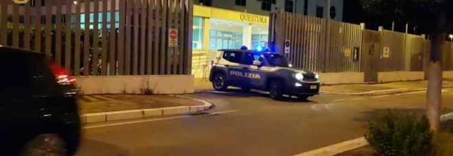 Spacciatori incastrati da una telecamera, scattano sei arresti