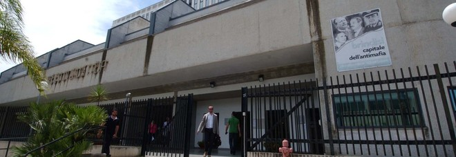«Alloggio dietro compenso», condannato un sindacalista
