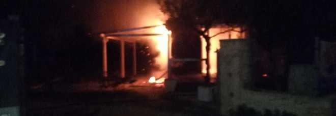 Incendio alla lega navale: danni ingenti