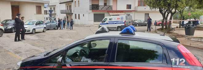 Rapina al portavalori a colpi di kalashnikov: in fuga i banditi