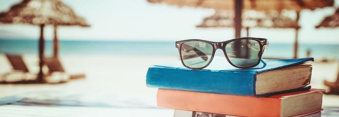 Un libro in riva al mare: consigli per rinfrescare le idee
