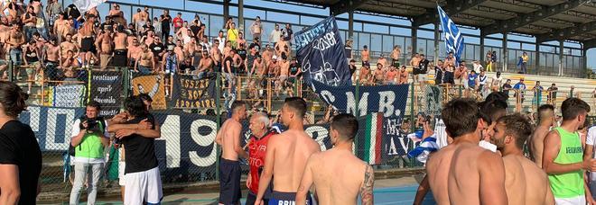Sugli spalti a seguire il suo Brindisi, storico tifoso muore durante la partita di promozione