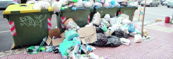 Rifiuti, arrivano i vigili ecologici per multare gli indisciplinati