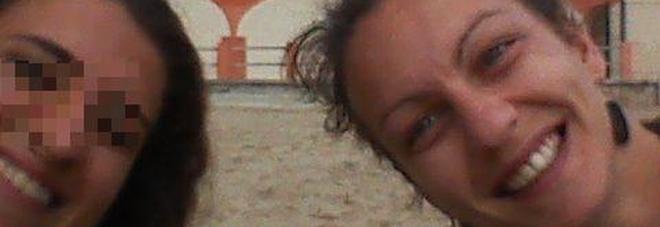 Marsiglia, paura per Simona, la tarantina sotto le macerie Gli amici: «Speriamo in un miracolo»