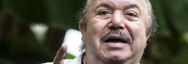 Lino Banfi sotto accusa: «Nonno Libero ha svenduto la sua immagine» Foto