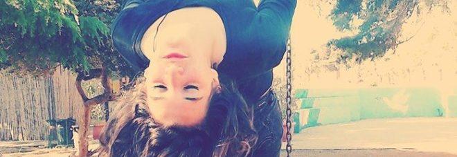 Lei: finta dura, sogni da ballerina e slanci di amore e tenerezza