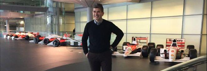 Leonardo Pascali nella sede della McLaren, a Woking (Inghilterra)