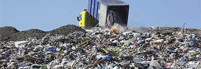 Emergenza rifiuti in provincia. I sindaci chiedono aiuto a Bari