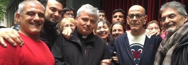 Nella Curia c'è irritazione per il gesto del cardinale di riattivare la luce ma il Papa lo promuoverà