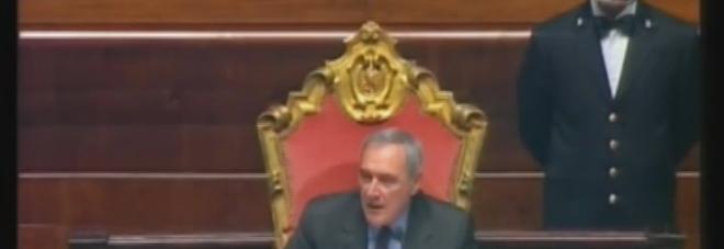 Il Senato approva ddl mafia, bufera in aula