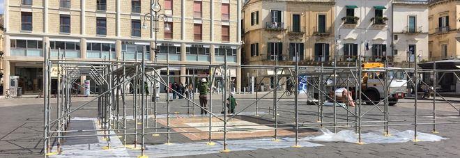 Mosaico in piazza Sant'Oronzo, via al restauro