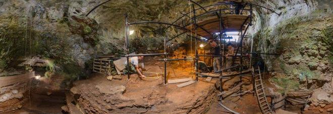 """Un """"virtual tour"""" per scoprire i segreti della Grotta del Cavallo"""