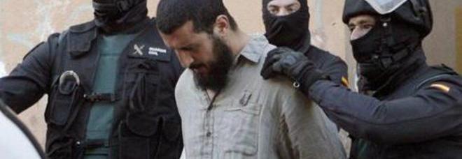 Isis, operazioni contro cellule terroriste: 9 arresti in Spagna e 2 in Gran Bretagna