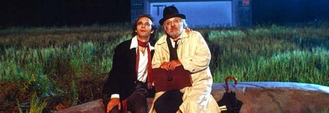 """Roberto Benigni e Paolo Villaggio ne """"La voce della luna"""" di Federico Fellini"""
