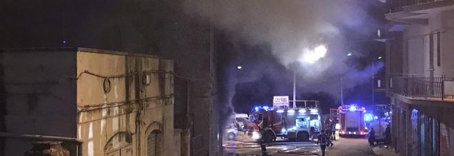 Un'immagine dell'incendio