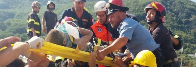 Terremoto a Ischia, nonna bimbi: «Eravamo morti, ora rinati»