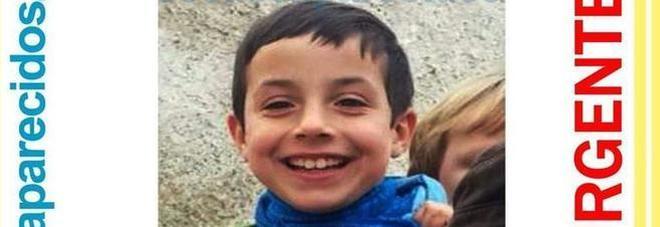 Trovato cadavere del bimbo scomparso: era nell'auto della compagna del padre