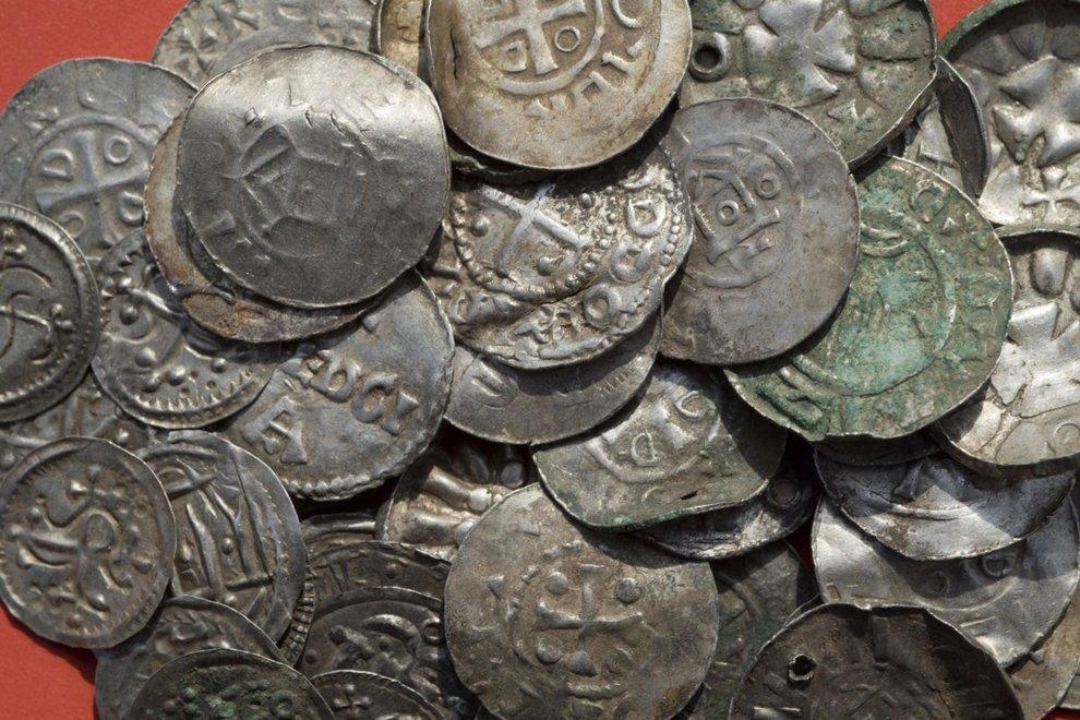 Germania, 13enne ritrova il tesoro di re Aroldo I Dente Azzurro -2